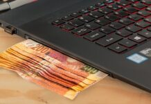 ecommerce-computer-cash